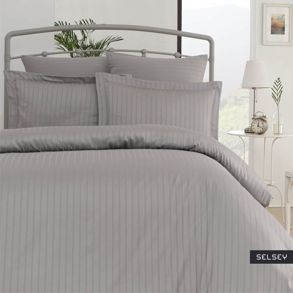Komplet pościeli Royal Stripes 200x220 cm z czterema poszewkami na poduszkę 2 x 50x70 cm i 2 x 70x70 cm z prześcieradłem srebrny