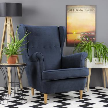 Fotel z podnóżkiem Malmo granatowy w tkaninie Easy Clean