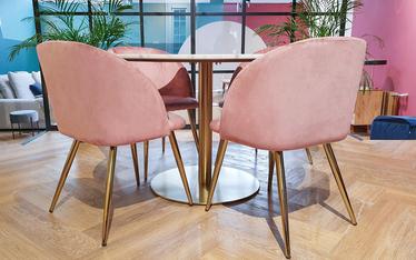 Zestaw dwóch krzeseł tapicerowanych Gary różowe na złotej podstawie