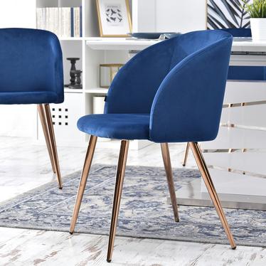 Krzesło Gary niebieskie na miedzianych nogach tapicerowane z podłokietnikami z sesji alfie