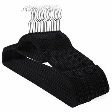 Wieszaki na ubrania Mose 20 sztuk czarne antypoślizgowe z obrotowym haczykiem
