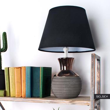 Lampa stołowa Nadine z podstawą o średnicy 15 cm kulista