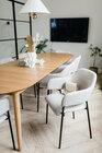 Zestaw dwóch krzeseł tapicerowanych z podłokietnikami Azhai beżowe