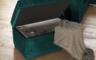 Narożnik z funkcją spania Umill L z barkiem i pufą zielony w tkaninie hydrofobowej strona lewa