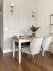 Zestaw dwóch krzeseł tapicerowanych Alruba szare na złotych nogach